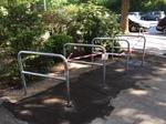 Fahrradgeländer (100cm) mit Knieholm, Fahrradständer, Geländer, Absperrung, Stahl. ALuminium, Edelstahl, Bogen, Trennelement, Sondermaß, Metallbau, Anfertigung