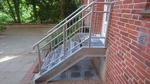 Stahl Außentreppe (120 cm) mit Podest, Planke, Trittrost, Gitterrost, Geländer, Stahlplanken, Stufen, Sondermaß, Sonderanfertigung Industrie Treppe, Verankerung, Wohnhaus, Objekt